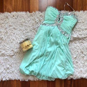 BRAND NEW: Mint jeweled key hole long dress